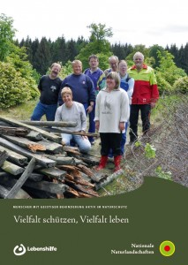 """Broschüre """"Vielfalt schützen - Vielfalt leben"""""""