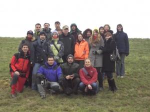 Gruppe internationaler Projektteilnehmerinnen und -teilnehmer